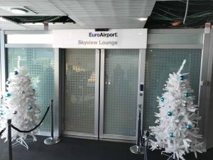 Review Basel EuroAirport Skyview Lounge Entrance