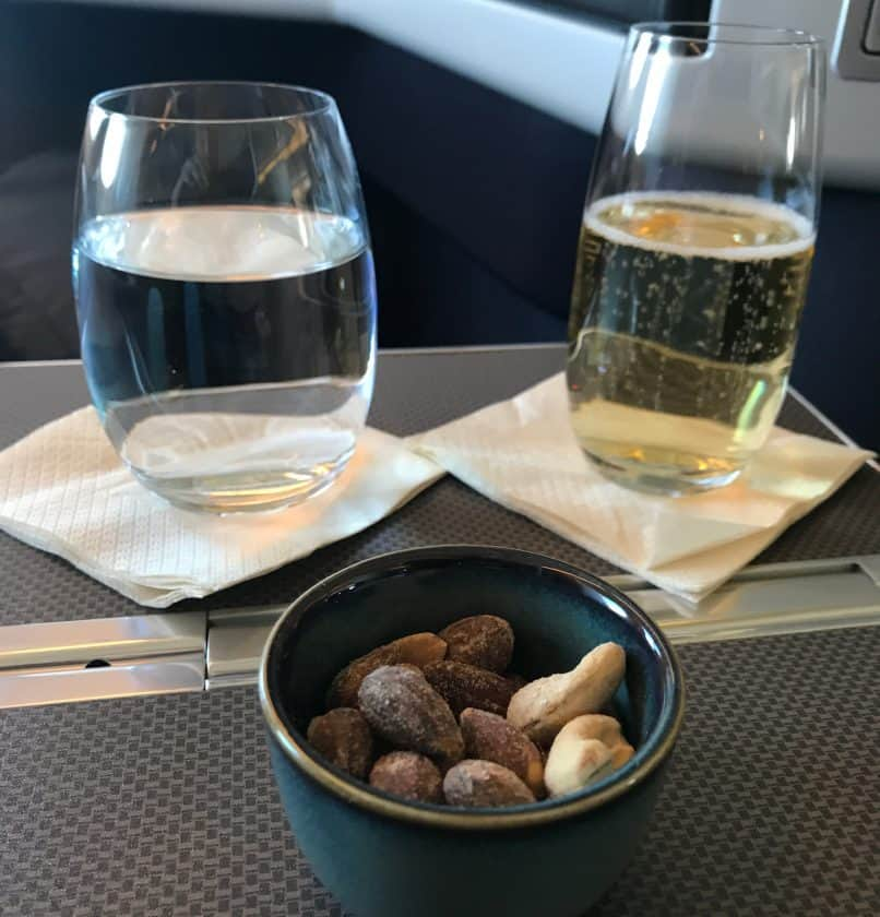 Cathay Pacific Review FRA HKG C Essen 1 2 Nuesse
