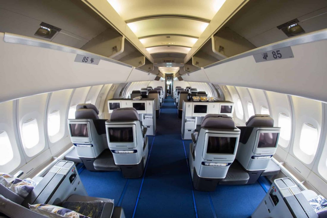 Lufthansa Business Class Kabine Boeing 747 400 Upper Deck