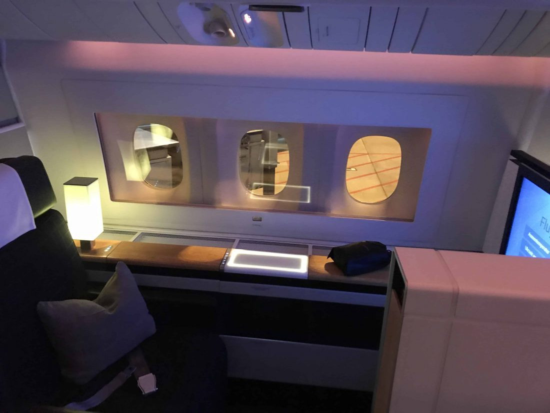 Swiss First Class Review Indirektes Licht
