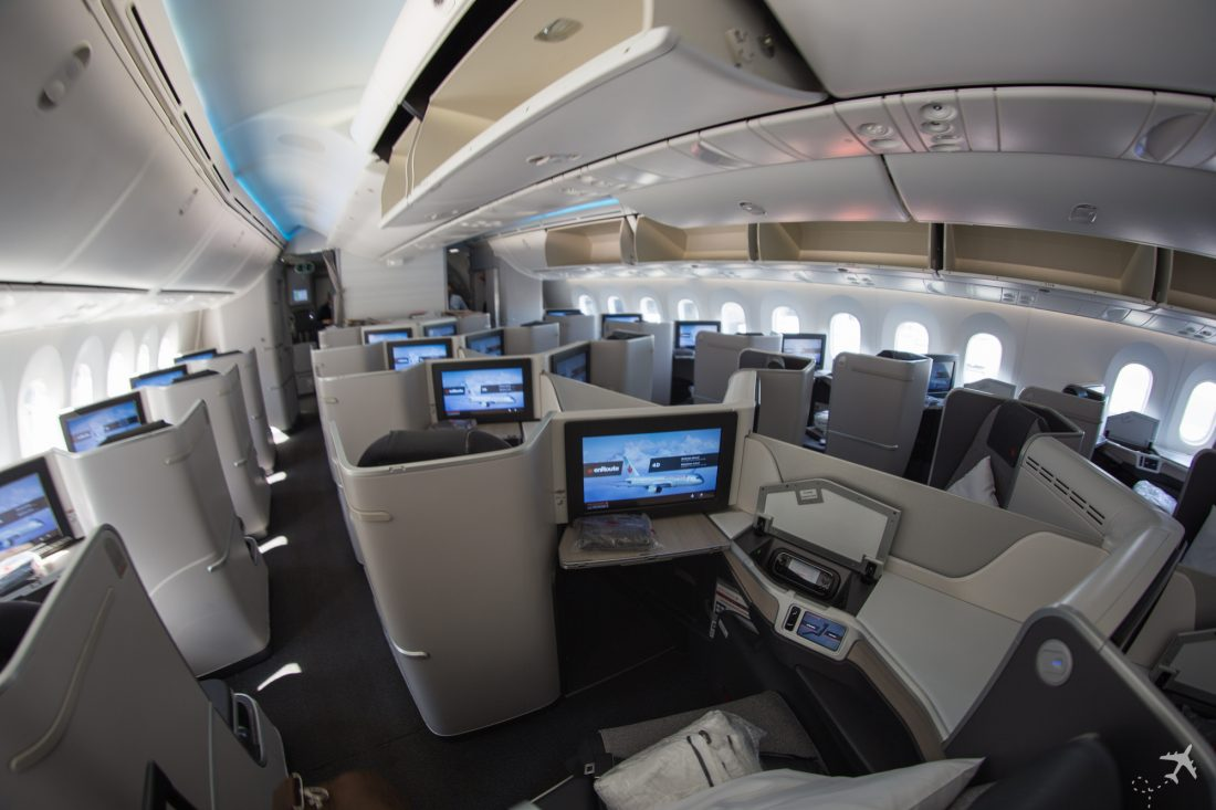 Air Canada Boeing 787-9 Business Class Kabine